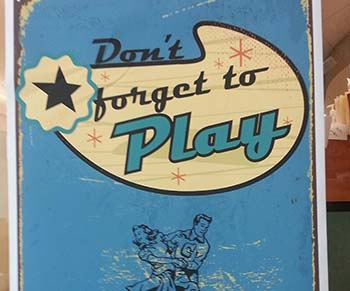 Dont-forget-to-play-poster